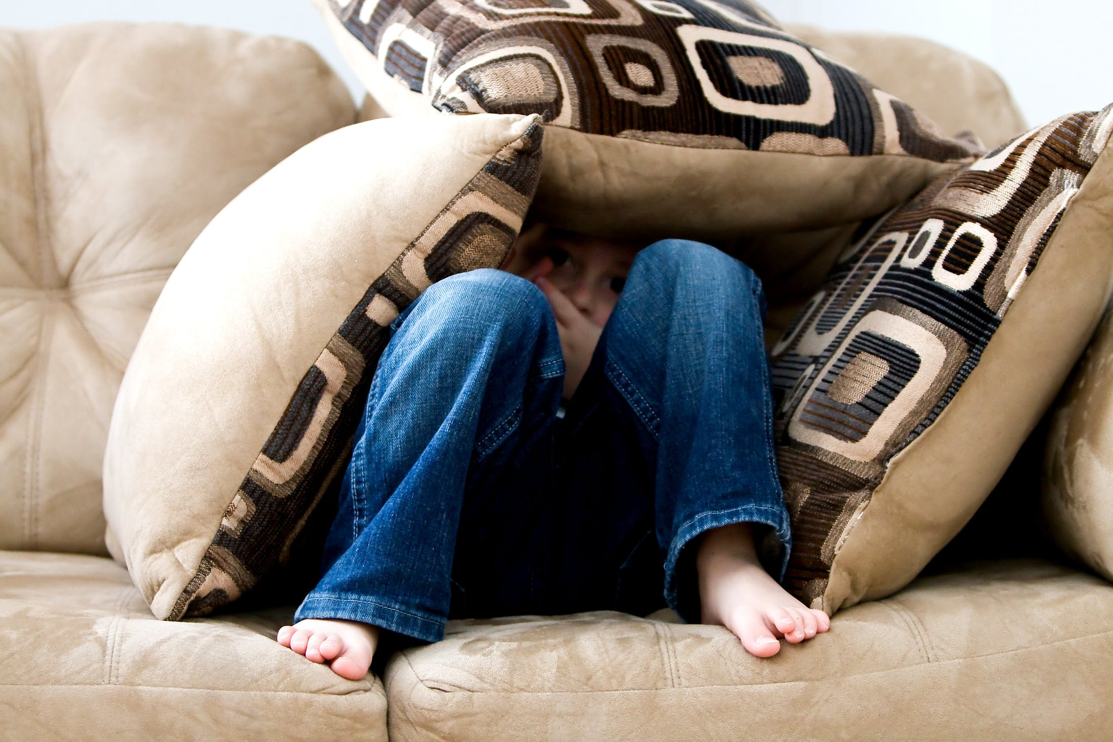 子どもが感情的になった時にどうしたらいいの? 子どもの感情との付き合い方の提案