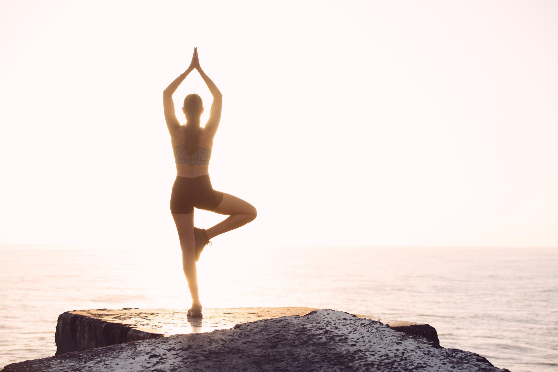 7月12日(金)「日々のストレスを軽くするちょっとした秘訣②~瞑想~」@沖縄市