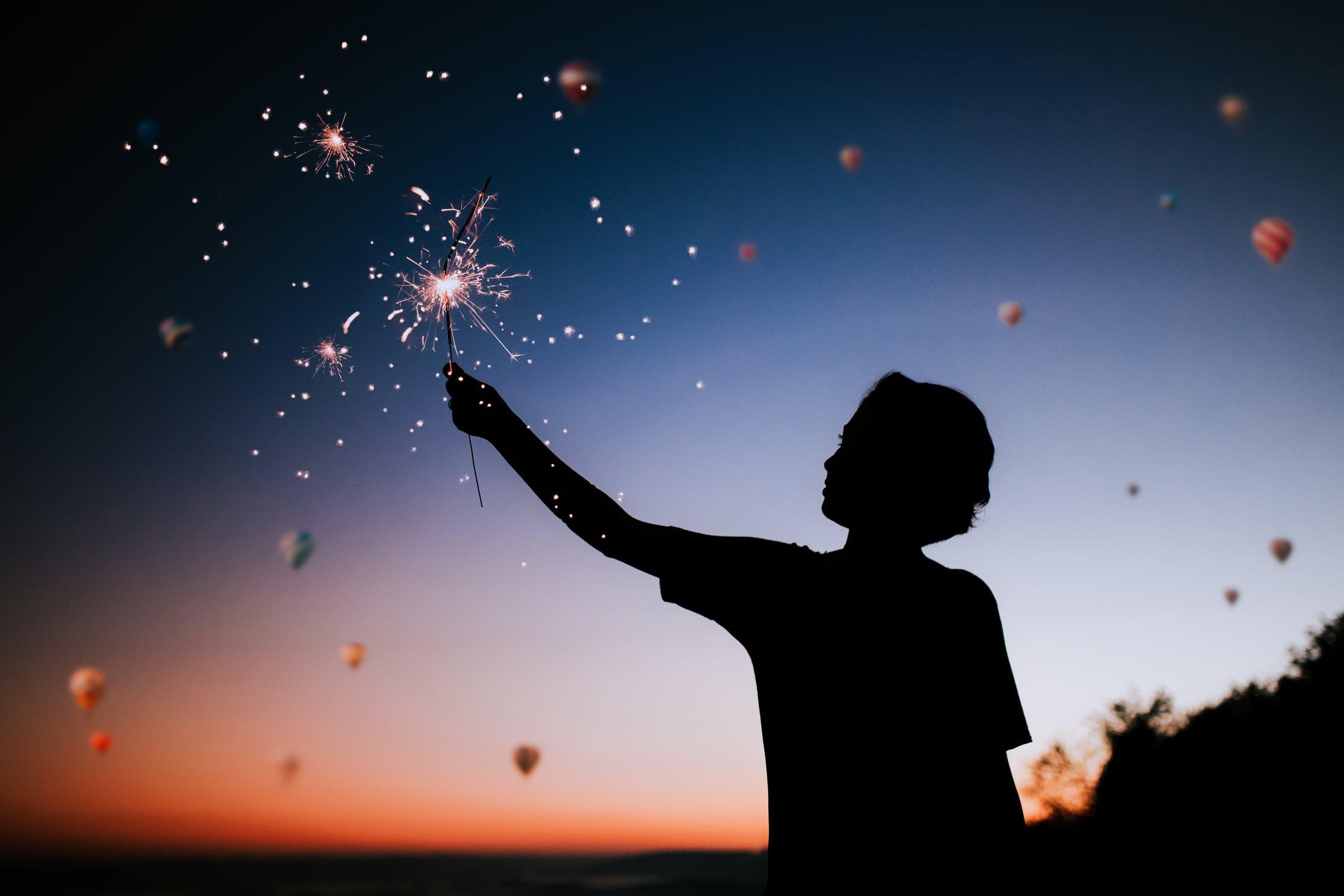 自分を責め続けてしまう時に使いたい 心が楽になる魔法の言葉