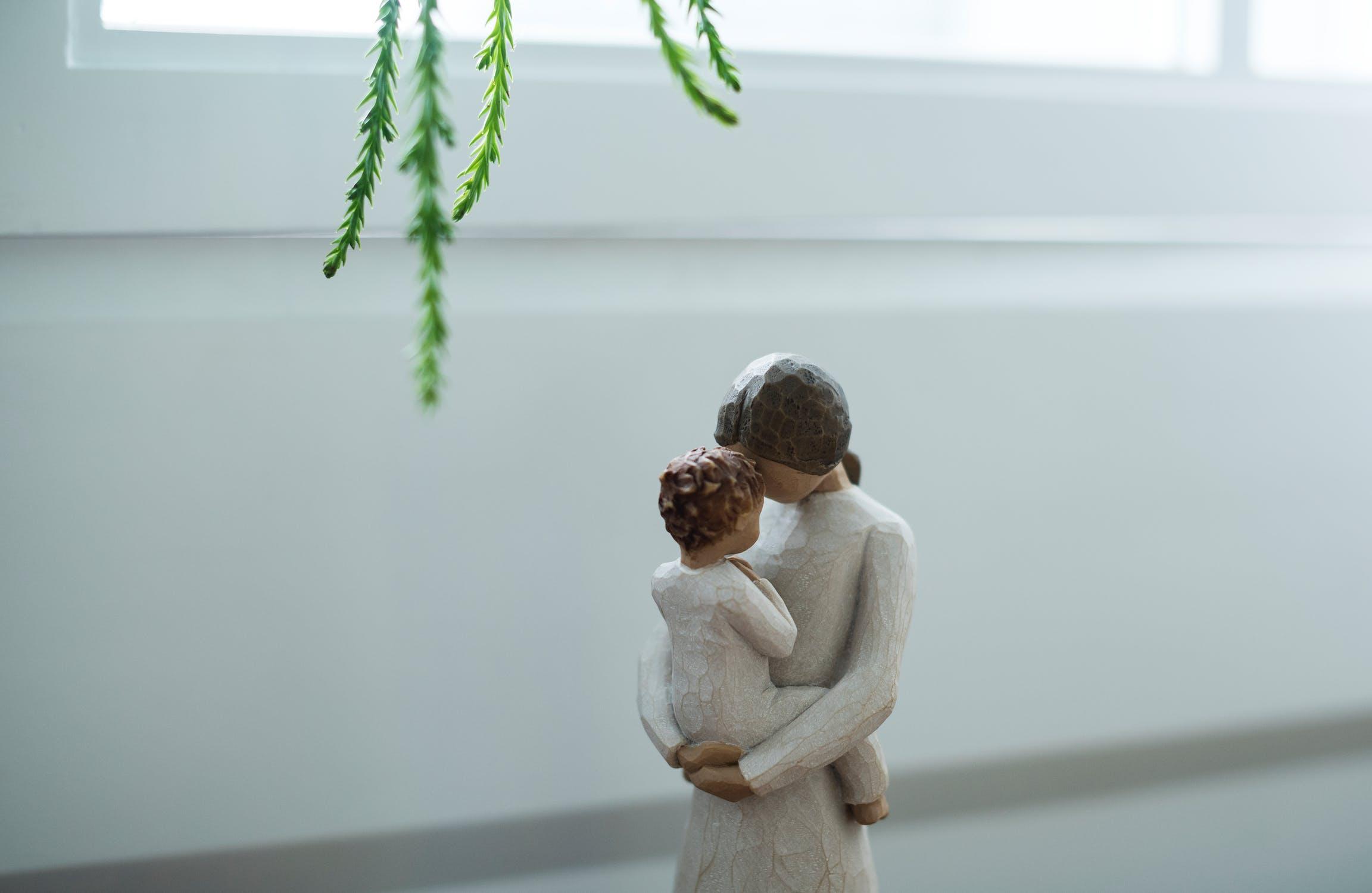マインドフルネス・ハグ習慣で親も子どもも幸せになろう